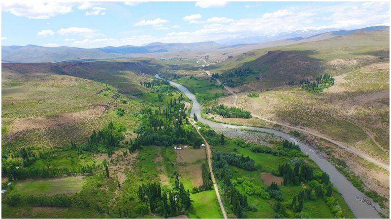 El proyecto dará electricidad a parajes del norte y pondrá hectáreas bajo riego.