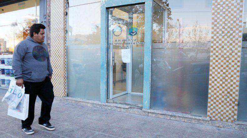 El ataque fue en una de las salas del Juzgado del Niño y el Adolescente de la calle Félix San Martín.