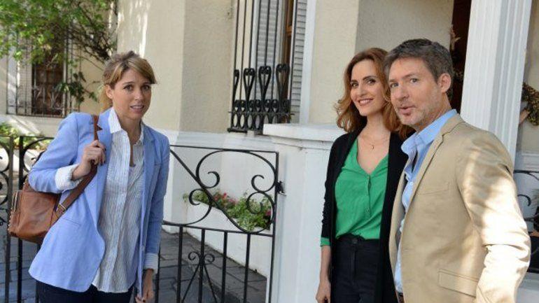 ¿Trío amoroso? Florencia Bertotti