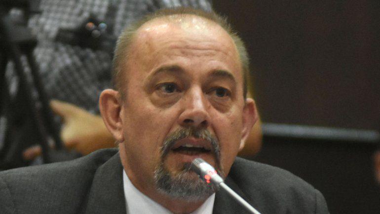 El diputado del MPN Mario Pillatti comanda la comisión donde se trata.
