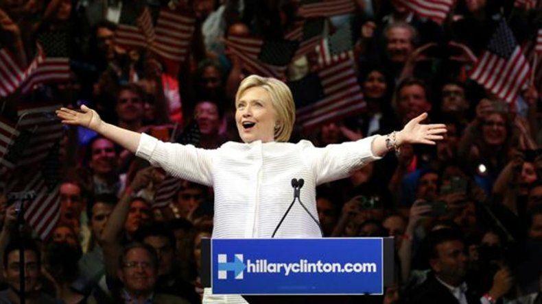 Según las encuestas, Hillary amplía su ventaja sobre Trump