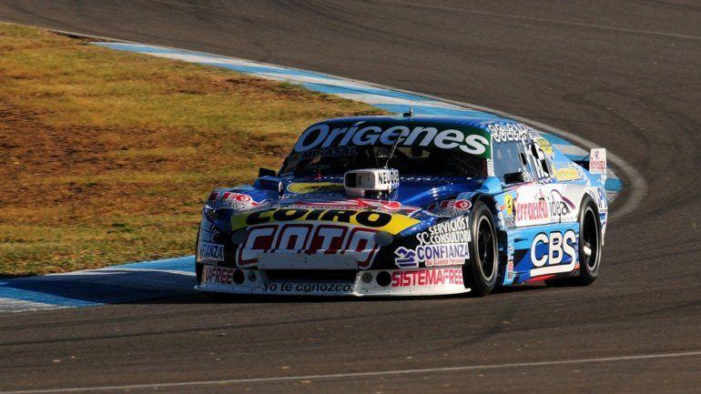 El piloto neuquino será uno de los grandes ausentes de la carrera.