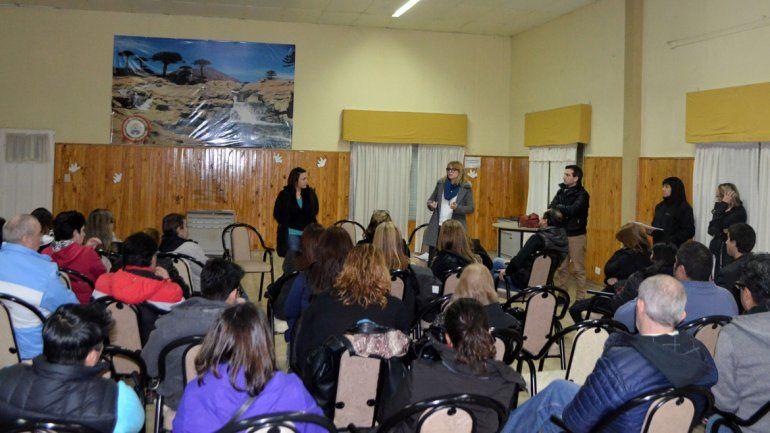 La iniciativa busca promover la participación ciudadana y crear espacios de debate.