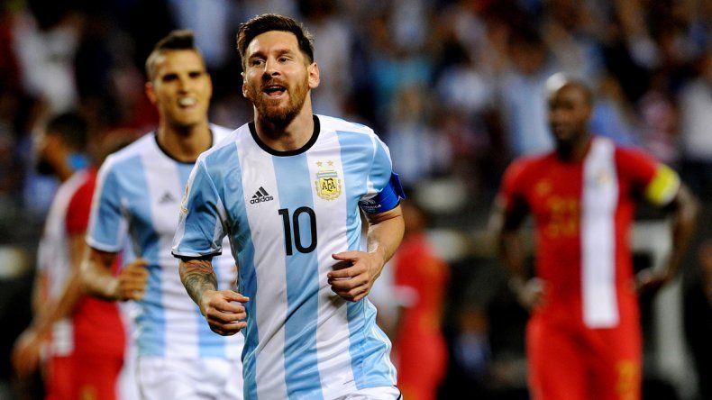 El crack argentino entró en el segundo tiempo y marcó tres goles.