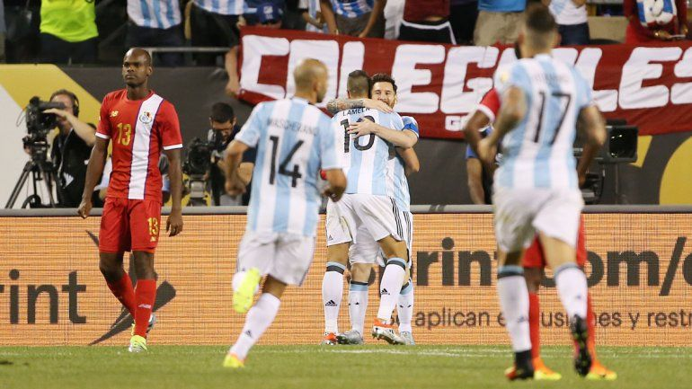 Con un segundo tiempo furioso de Lionel Messi