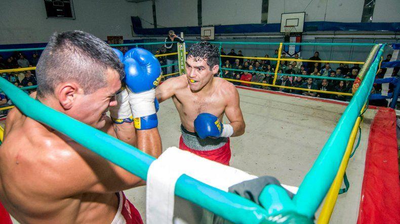 Mauro Godoy tiró dos veces a su rival