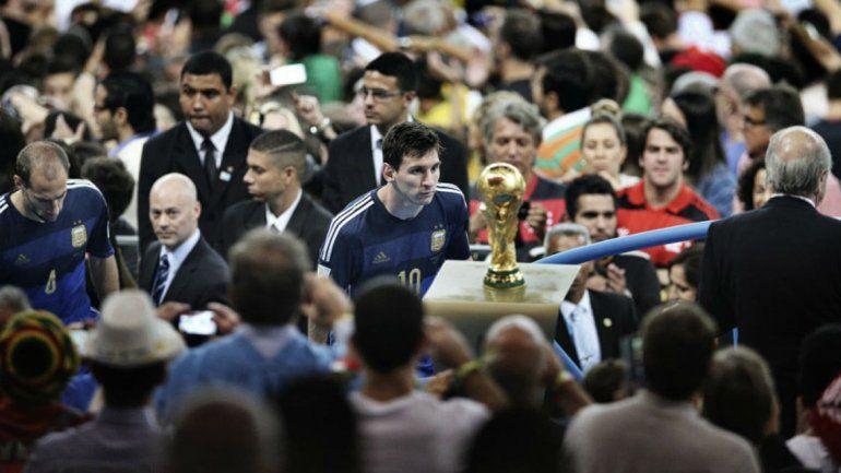 Blatter reveló qué se decía Messi a sí mismo tras perder la final del Mundial