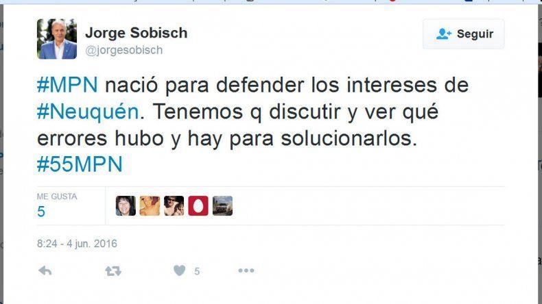Jorge Sobisch empezó a moverse por la Provincia en distintas reuniones con militantes y hasta concejales del MPN desde hace unos meses.