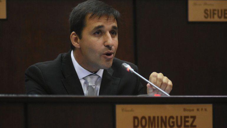 El diputado emepenista Domínguez y Quiroga se criticaron duramente.