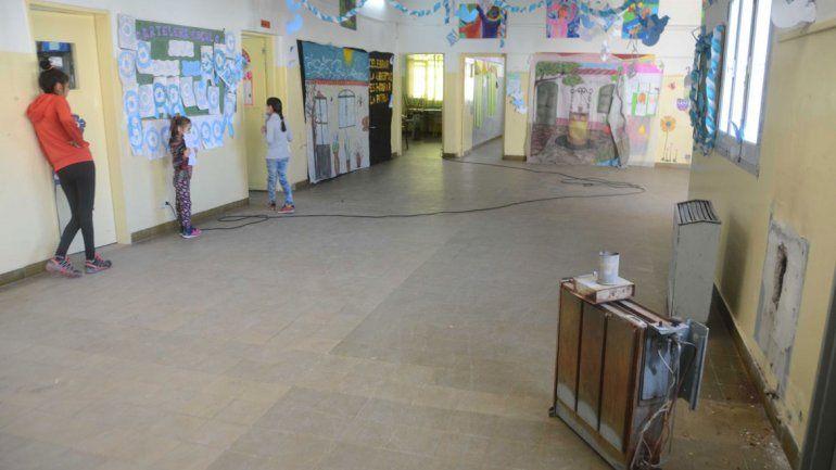 La desolación en la escuela podría terminar antes del receso invernal.