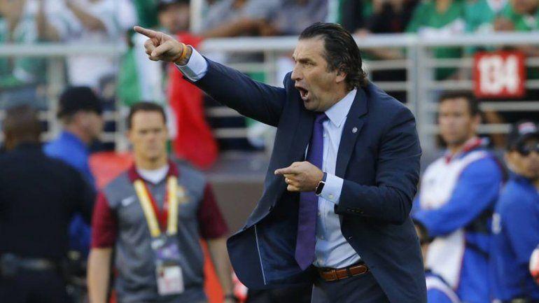 Pizzi buscará continuar el legado de Sampaoli con la Roja.