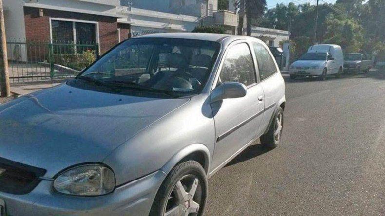 Este es el automóvil que quedó en manos de la banda de la cíber viuda negra de Comodoro Rivadavia.