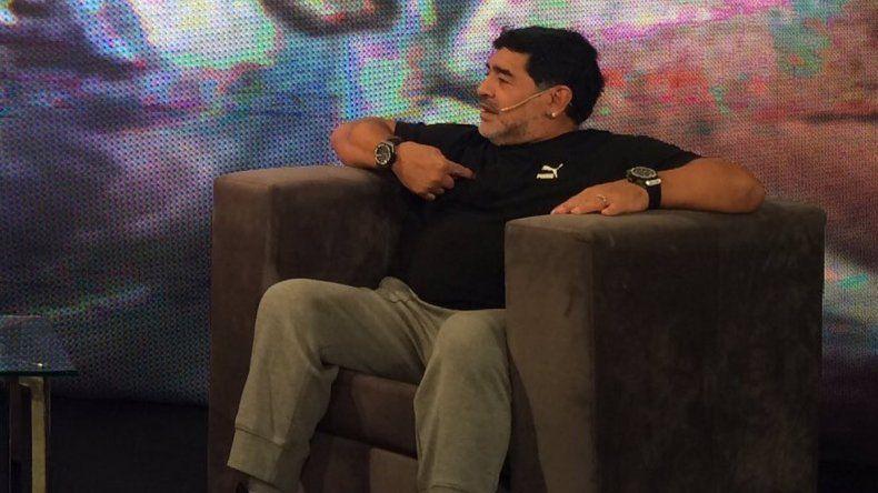 Maradona fue homenajeado en C5N y habló sobre AFA.