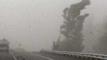 alerta por vientos intensos de hasta 100 km/h en la cordillera