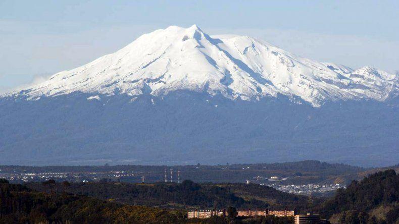 Declaran en alerta amarilla al volcán Calbuco