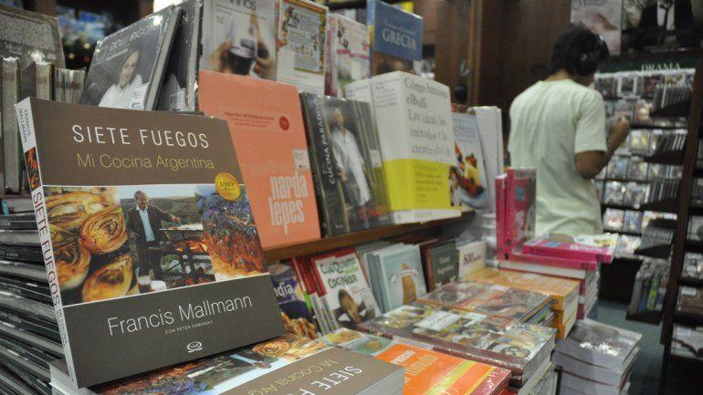 Los libreros y disqueros tendrán que exhibir el 20 por ciento de sus productos con obras neuquinas.