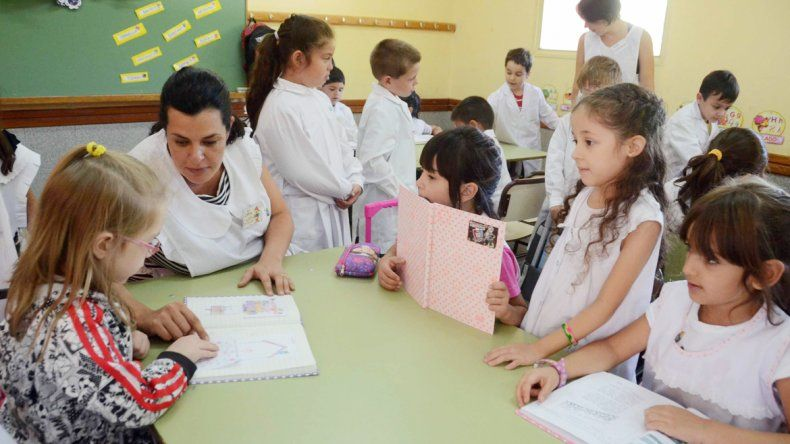 El CPE informó que habrá clases el Día del Empleado Público.