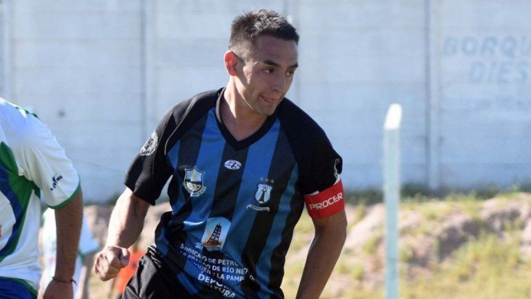 Hety Rueda. Fútbol