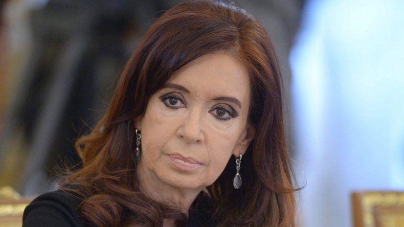 A la ex presidenta se la acusa de delinquir con la obra pública.