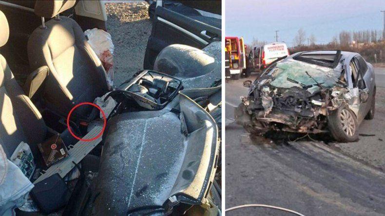 Un joven de 25 años murió al chocar contra un camión y salir despedido en la Ruta 22.