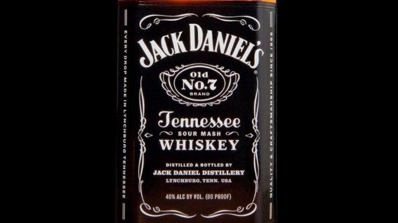 La historia oficial indicaba que un destilador le había enseñado a Daniel el secreto de este whisky