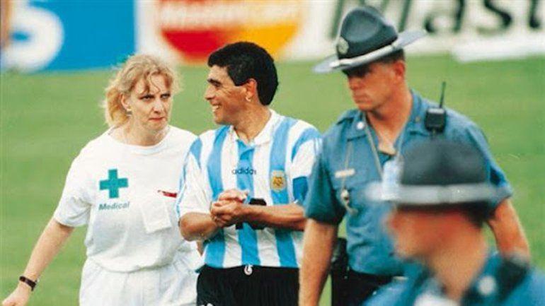 La imagen del adiós del Diego en el Mundial de 1994.
