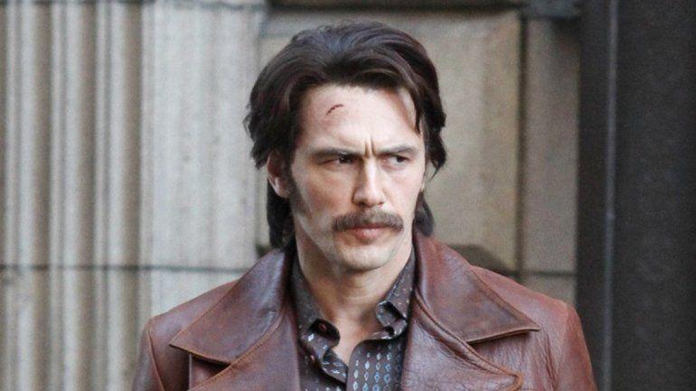 James Franco interpreta a uno de los gemelos Martino