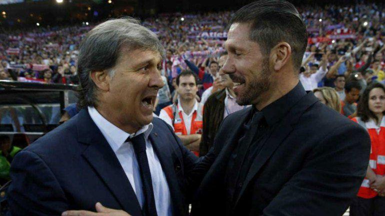El Tata Martino (Barcelona) y el Cholo Simeone (Atlético de Madrid) se cruzaron en España.