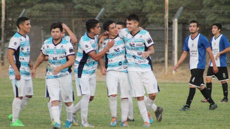 La ADC ganó los tres partidos que disputó y lidera en soledad.