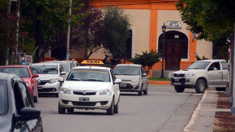 Viajar en Plottier es un lujo para pocos: los taxis aumentaron 28,88%