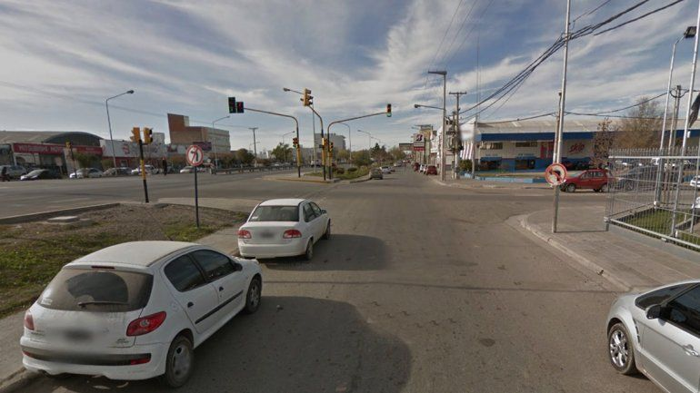 Calle Perticone casi Linares en Neuquén.