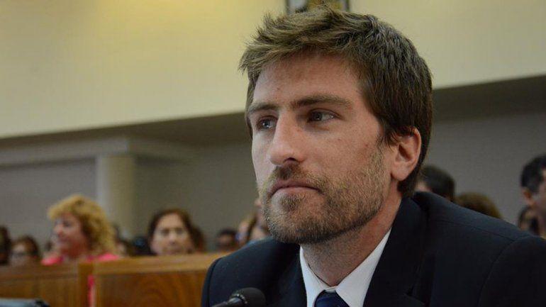 Zingoni: Quiroga desconoce la carta orgánica y continua con el veto