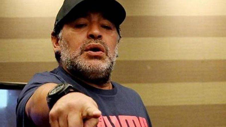 Maradona le fue a la yugular a Tinelli por su traición a Sebastián Ortega y declaró: Lo único que no voy a hacer es mirar a la mujer de un amigo.