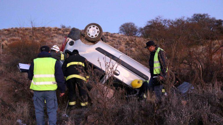 Ruta 23: tres mujeres heridas tras volcar y salir despedidas