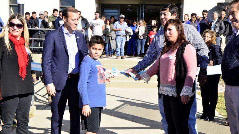 Inauguran centro para actividades deportivas en Rincón de los Sauces