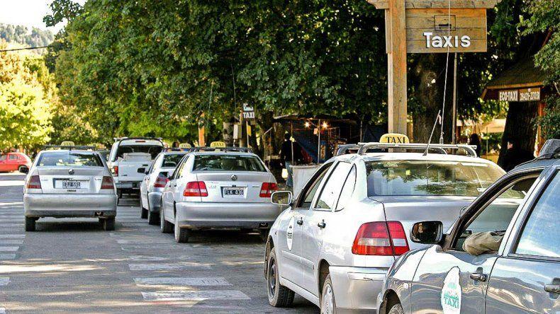 Taxista estafado: falso médico le hizo viajar 200 kilómetros y no le pagó