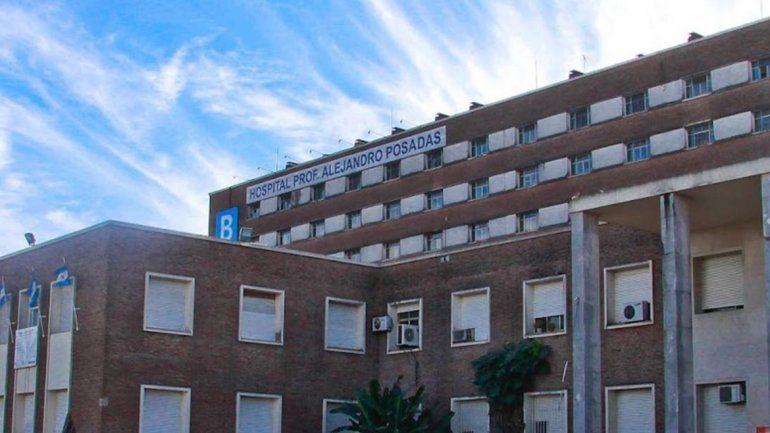 Encuentran a una beba en el techo del hospital Posadas