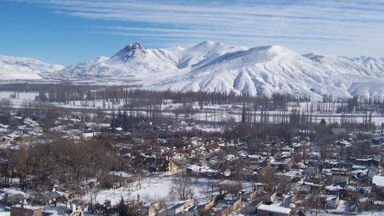 Nieva en todo el norte de la provincia y se esperan temperaturas de 15 grados bajo cero