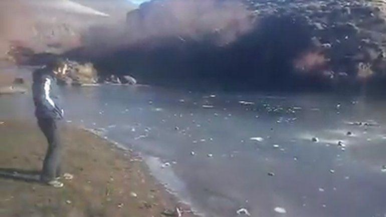 Mirá cómo se congeló un río en Las Coloradas