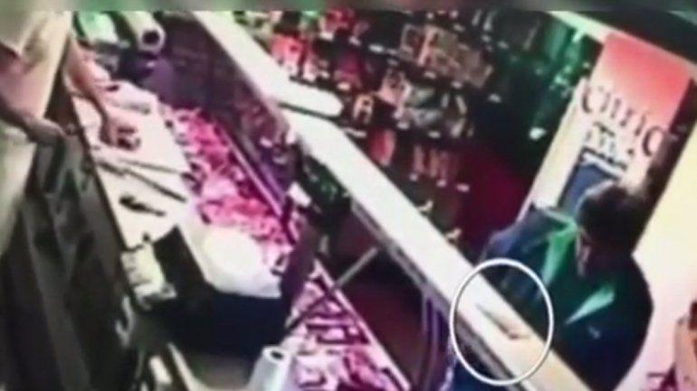 Acusan a Pachu Peña de robar en una carnicería