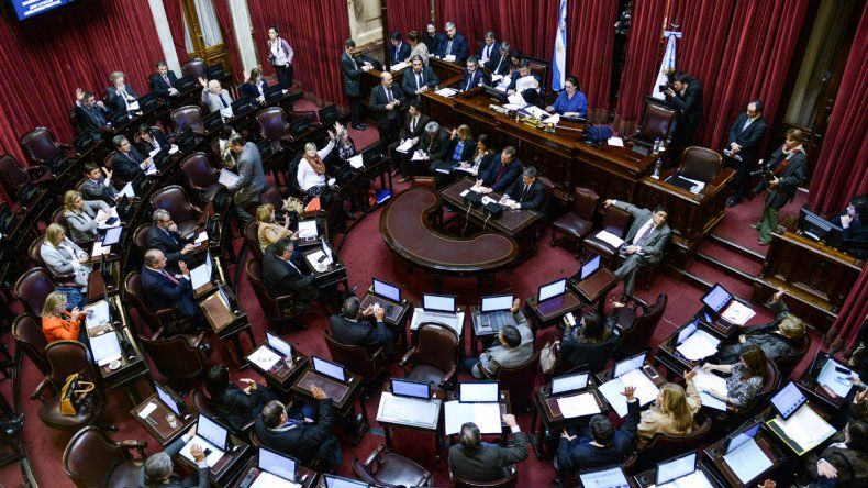 Aprueban un pedido para que Nación suspenda los tarifazos