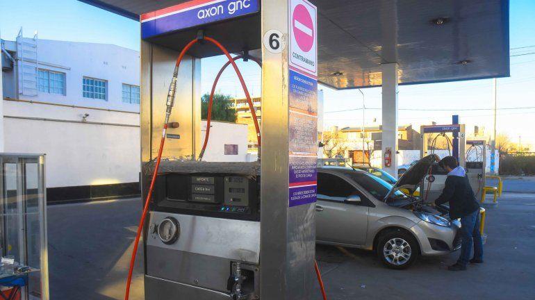 Las estaciones de GNC están en crisis por el alto precio del fluido.