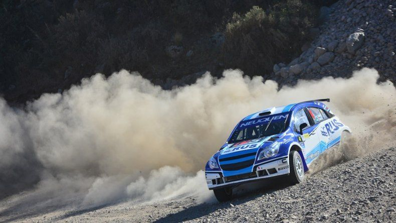 Alejandro Cancio lidera el Argentino de Rally