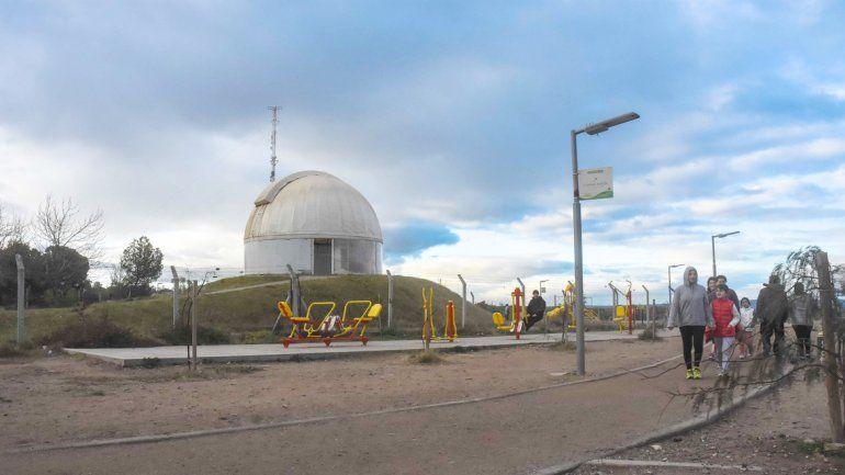 Roberto Figueroa dirige desde 1996 el Observatorio Astronómico
