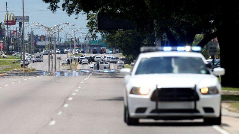 Un tiroteo en Luisiana dejó a tres policías muertos