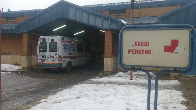 La agente de 30 años fue trasladada en ambulancia hasta el hospital de Junín