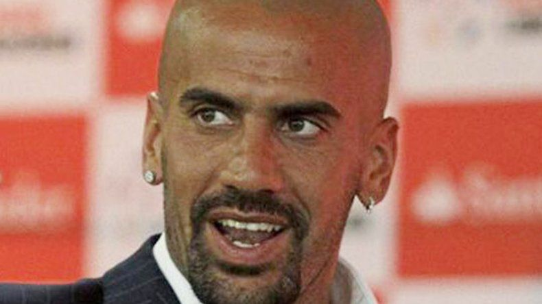 Por una cabeza. La dirigencia de Primera A tiene todo cocinado para que el ex jugador pincha sea el presidente de la Superliga.