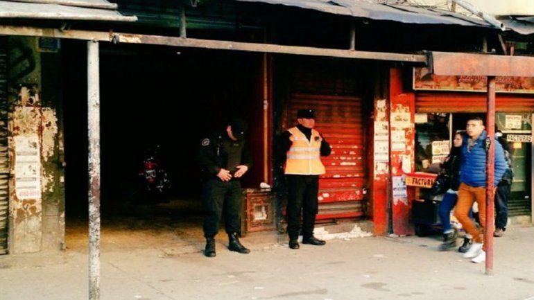 La puerta del boliche donde ocurrió el crimen. Hay cuatro detenidos.