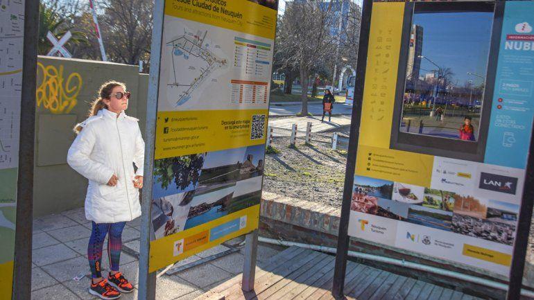 La temporada invernal atrajo a más turistas a la ciudad en su paso hacia la cordillera. Aún esperan a más personas.