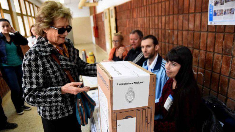 El quiroguismo buscará que en la reforma política se incluya la segunda vuelta electoral para la provincia.